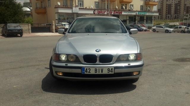 BMW 523�A